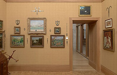 Barnes07b - Room 05 - West Wall.jpg