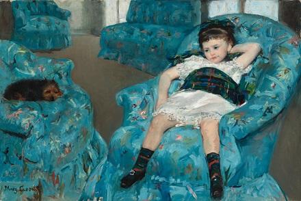 カサット「青い肘掛け椅子の少女」.jpg