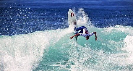 Quiksilver Surfin2.jpg