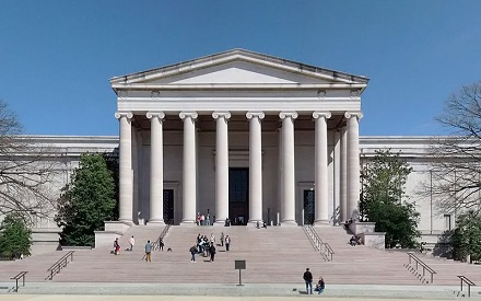 The-National-Gallery-of-Art-in-Washington-DC.jpg